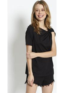 Camiseta Lisa Com Torã§Ã£O - Preta - Colccicolcci