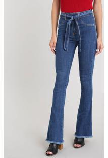 Calça Jeans Feminina Sawary Flare Com Barra Desfiada E Cinto Azul Médio