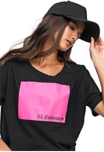 Camiseta Cavalera Xo Embuste Preta/Rosa