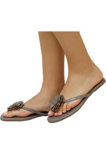 Rasteira Mercedita Shoes Verniz Chumbo Com Flor - Cinza - Feminino - Dafiti