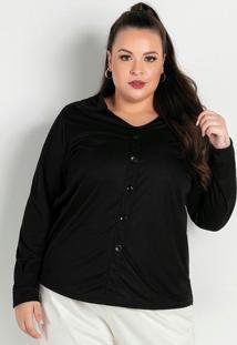 Camisa Preta Com Botões Decorativos Plus Size
