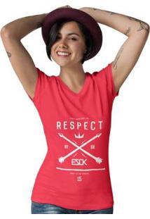 Camiseta Gola V Ezok Caution Sk8R Feminina - Feminino-Vermelho