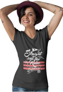 Camiseta Feminina Gola V Ezok Caution Sk8R Preto