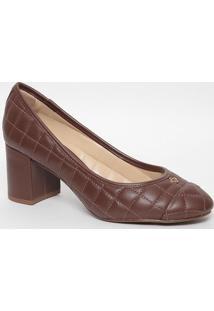 Sapato Em Couro Matelassê Com Tag- Bege Escuro- Saltcapodarte