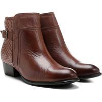 e1a328517 Bota Couro Cano Curto Shoestock Flat Tressê Feminina - Feminino-Caramelo