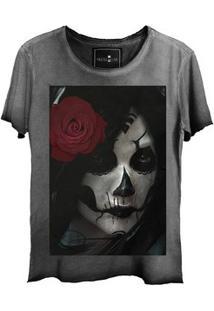 Camiseta Estonada Corte A Fio Girl Dark