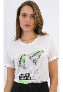 Camiseta Carmim Sneaker Branca - Kanui