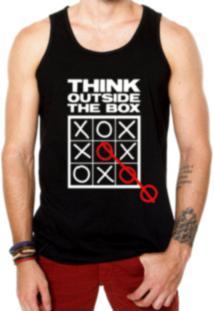 Camiseta Regata Criativa Urbana Frases Pense Fora Da Caixa - Masculino b4f3dad9517