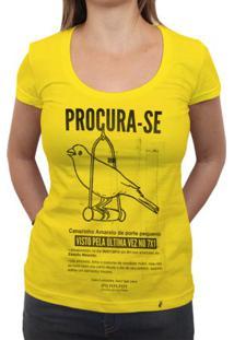 Procura-Se Canarinho - Camiseta Clássica Feminina