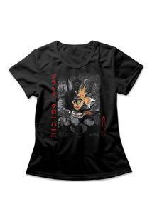 Camiseta Feminina Black Clover Asta Preto