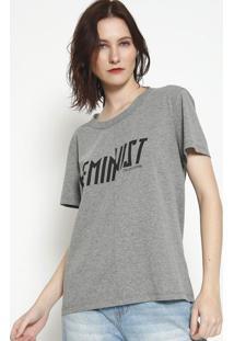 """Camiseta """"Feminist""""- Cinza & Preta- Colccicolcci"""