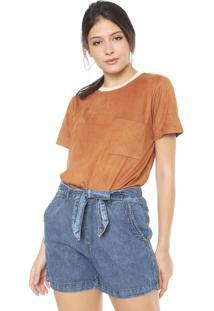 Camiseta Dress To Suede Bolso Caramelo