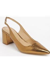 Sapato Chanel Em Couro Com Ajuste - Dourado - Salto:Luiza Barcelos