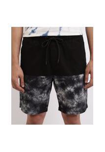 Bermuda Masculina Em Sarja Relaxed Com Recorte Estampado Em Tie Dye Bolsos Cós Com Elástico Preta