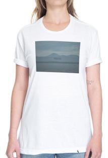 Dormindo Pouco, Sonhando Muito - Camiseta Basicona Unissex