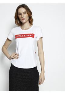 "Camiseta ""Millenial""- Branca & Vermelha- Coca-Colacoca-Cola"