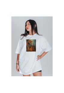 Camiseta Feminina Oversized Boutique Judith Quando O Terapeuta Diz Branco
