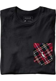 Camiseta Malha Variada Bolso Variado Preto