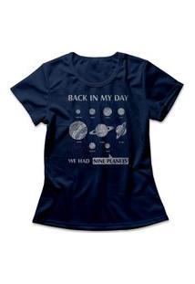 Camiseta Feminina Nove Planetas Azul Marinho