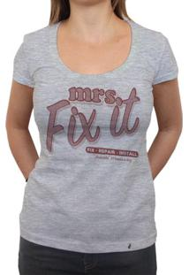 Mrs. Fix It - Camiseta Clássica Feminina
