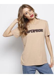 """Camiseta """"Superpriori"""" - Marrom Claro & Preta - Foruforum"""