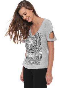 Camiseta Triton Recortes Cinza