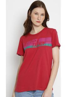 """Camiseta """"Colcci Trendy"""" - Vermelho Escuro & Verde -Colcci"""