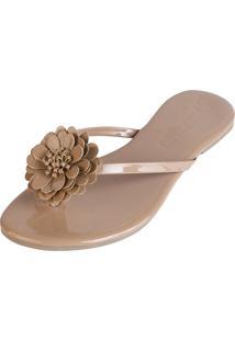 Rasteira Mercedita Shoes Verniz Areia Com Flor - Feminino - Dafiti